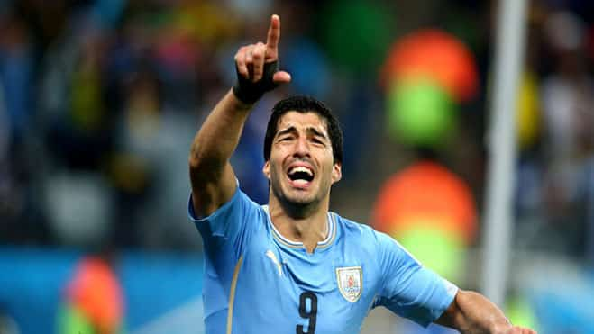 Uruguay vs England Luis Suarez celebrates his goal