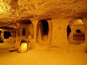 underground-city-in-western-armenia-derinkuyu