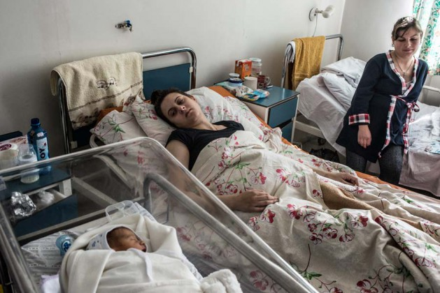 Two new mothers and a newborn rest in the maternity ward of a hospital in Stepanakert. A child born in the NKR faces a future of conditional peace with Azerbaijan. KARL MANCINI, GIANMARCO MARAVIGLIA/ECHO